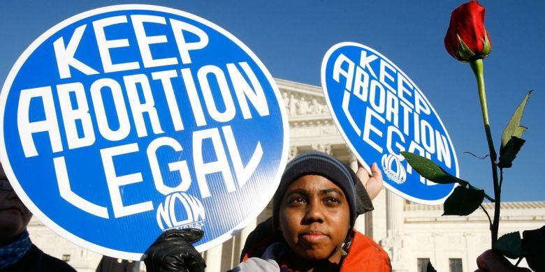 012513-national-abortion-womens-rights-roe-vs-wade-pro-choice.jpg