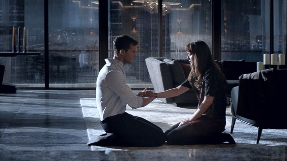 ht-fifty-shades-darker-mem-170103_16x9_992